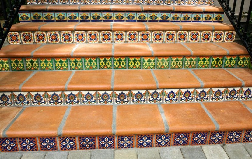 tilework-details-in-outdoor-steps